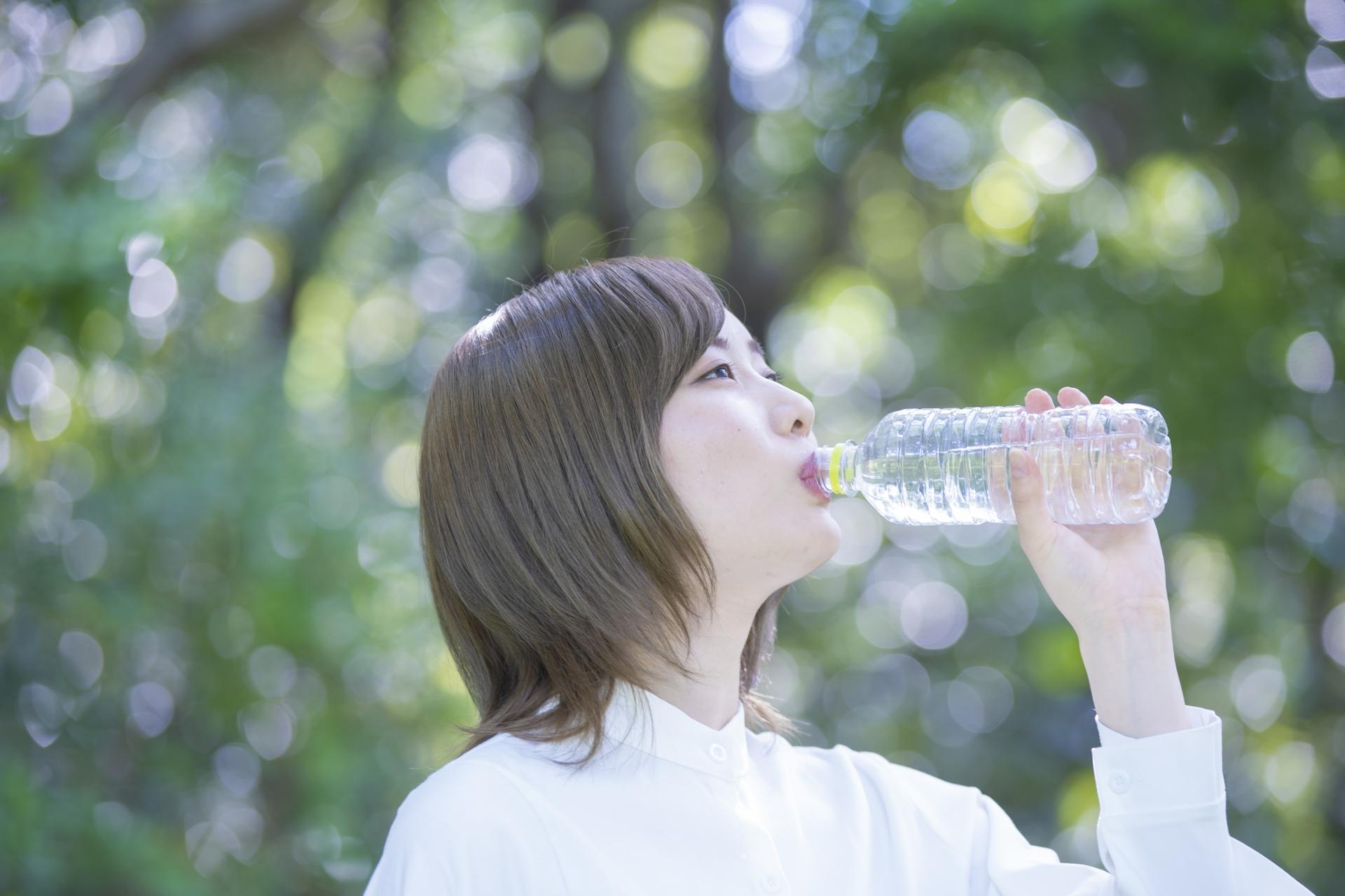体の水分が不足すると疲れやすいのは「隠れ脱水」かも!